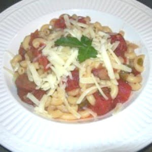 macaroni and stewed tomatoes (goulash)