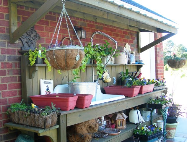Potting Up Fall Cottage At The Crossroads