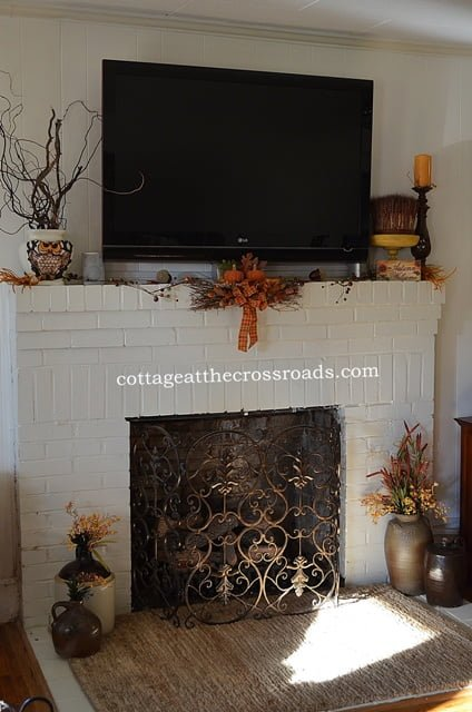side view-fall mantel