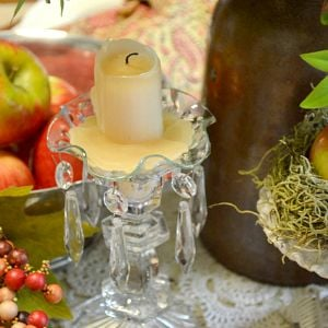 fall tablescape using apples