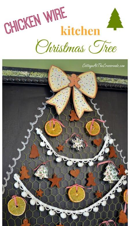 chicken wire kitchen Christmas tree