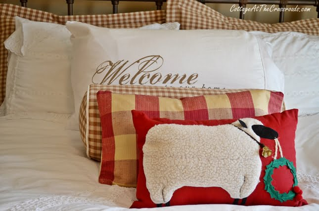 Christmas in the Guest Room | Cottage at the Crossroads