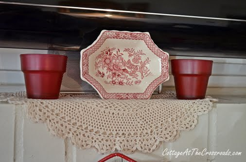 Valentines Day Mantel | Cottage at the Crossroads
