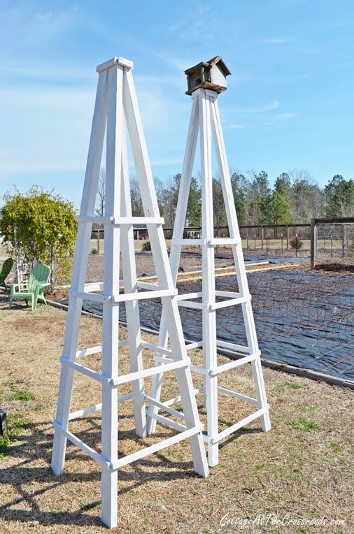 DIY Wooden Garden Obelisk | Cottage At The Crossroads