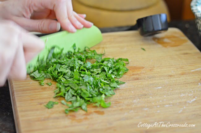 Fresh Herbs | Cottage at the Crossroads