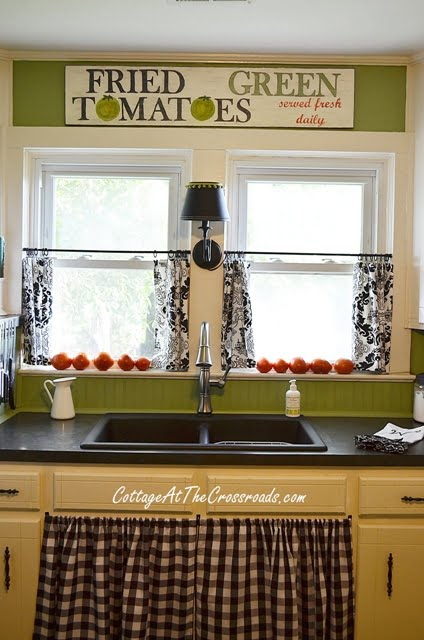 Fried Green Tomatoes Sign | Cottage at the Crossroads