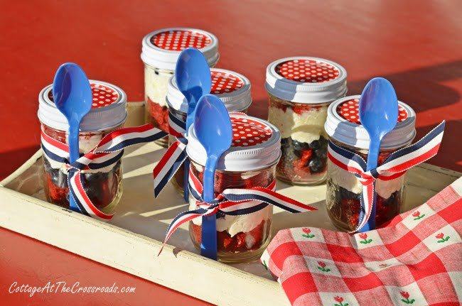 Patriotic Dessert in a Jar | Cottage at the Crossroads