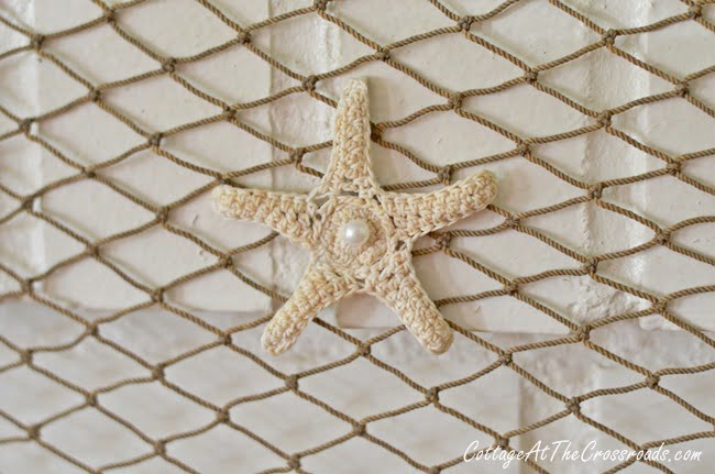 fish net with crocheted star fish | Cottage at the Crossroads