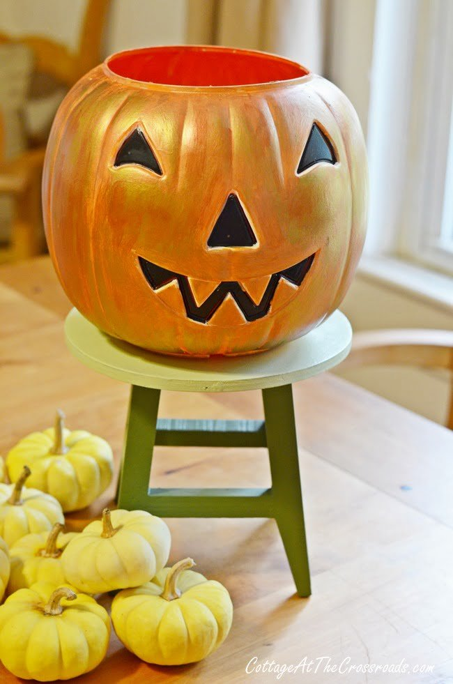 painted trick-or-treating pail | Cottage at the Crossroads