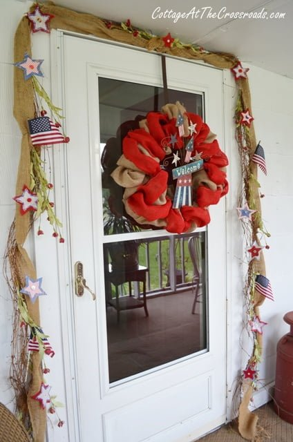 Fourth of July wreath and garland | Cottage at the Crossroads