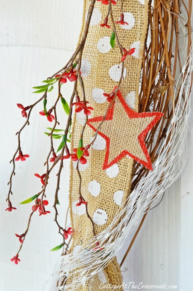 Patriotic door display with garland | Cottage at the Crossroads