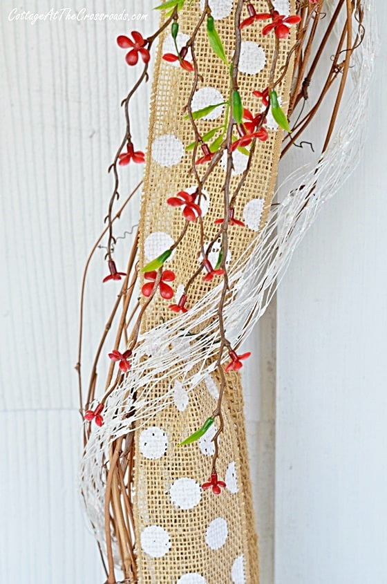 Summer wreath and garland on the porch | Cottage at the Crossroads