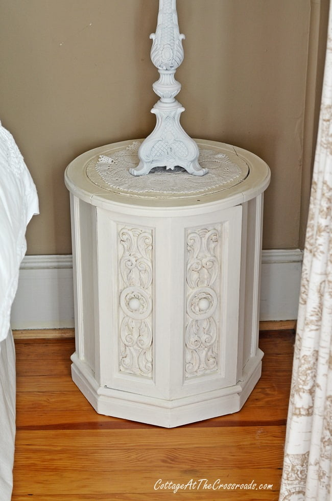chalky finish painted night stand | Cottage at the Crossroads