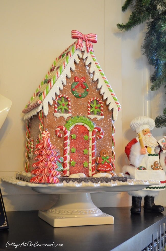 Christmas Gingerbread Kitchen | Cottage at the Crossroads