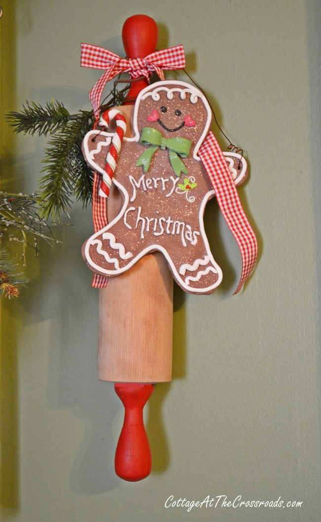gingerbread kitchen wreath cottage at the crossroads