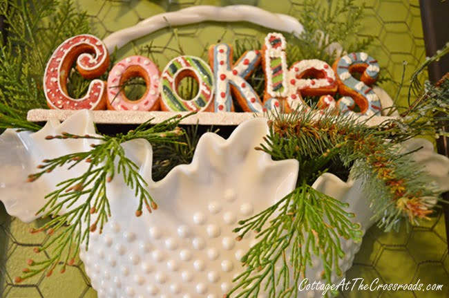 gingerbread kitchen wreath | Cottage at the Crossroads