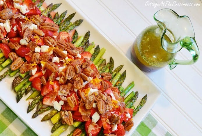 Asparagus Strawberry Salad with Orange Balsamic Dressing