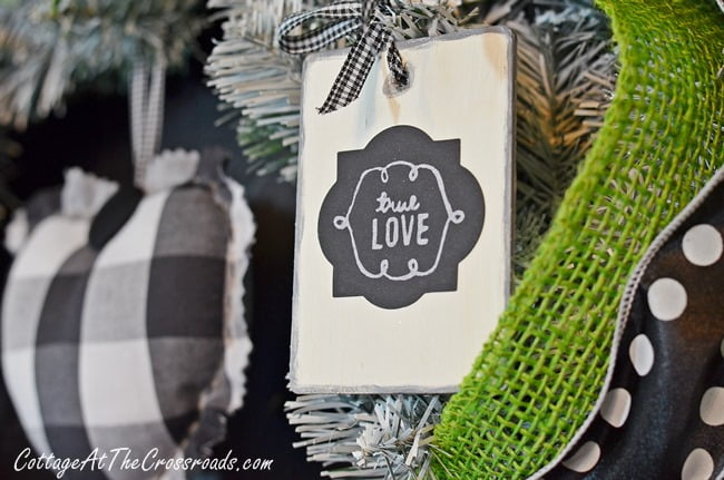 Valentine's Day Kitchen Wreath | Cottage at the Crossroads