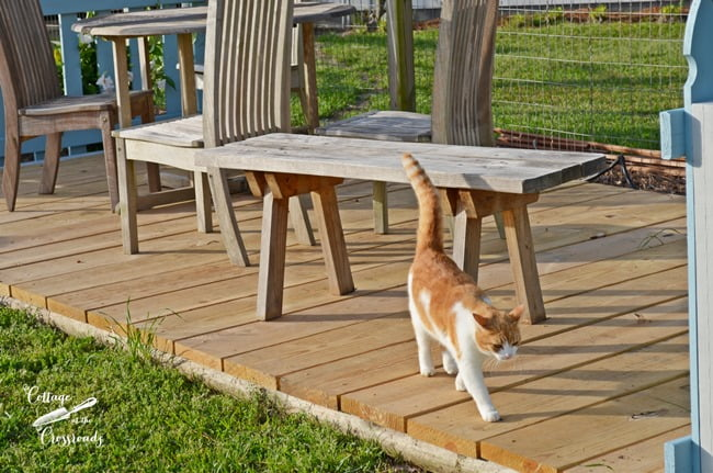 easy to build freestanding deck | Cottage at the Crossroads