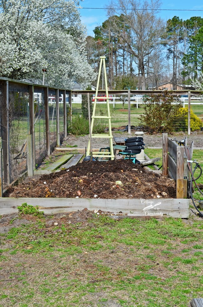 compost bin and wooden obelisk | Cottage at the Crossroads