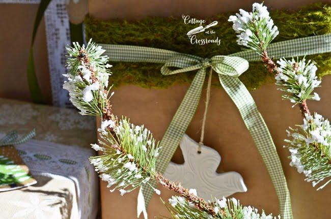 Pretty and Easy Gift Wrap Ideas |Cottage at the Crossroads