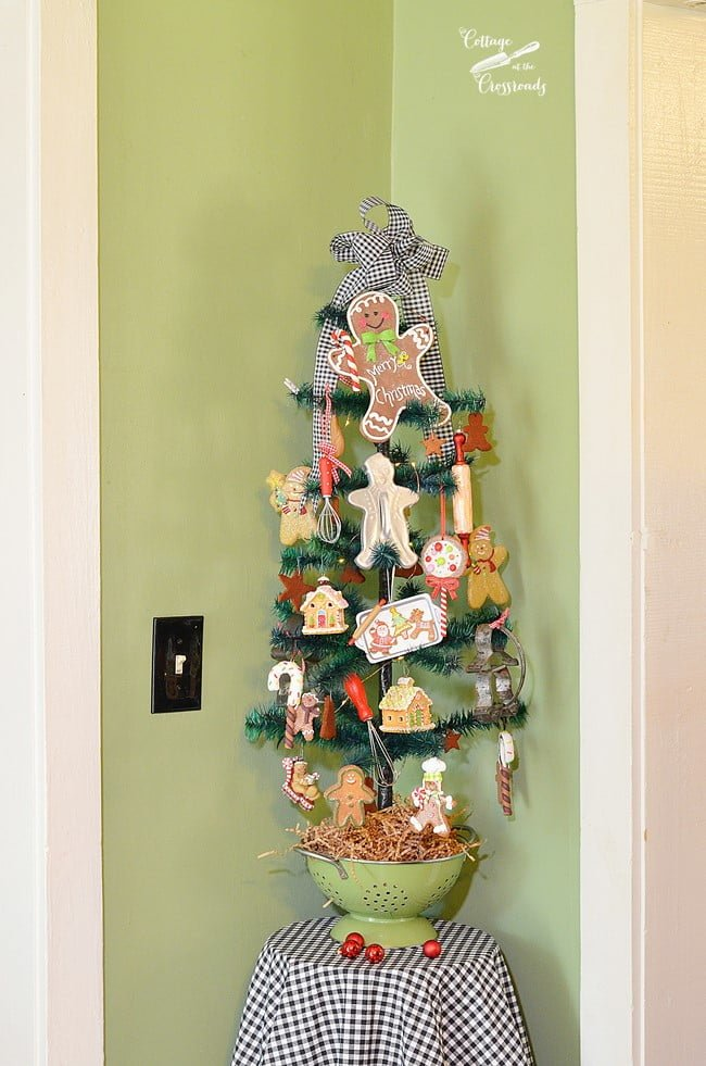 gingerbread tree | Cottage at the Crossroads