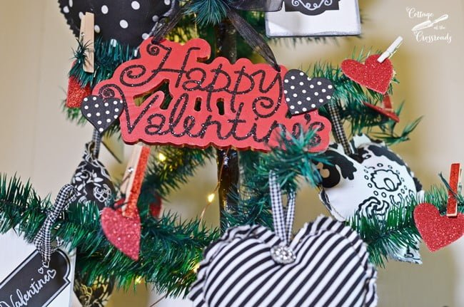 Valentine's Day tree | Cottage at the Crossroads