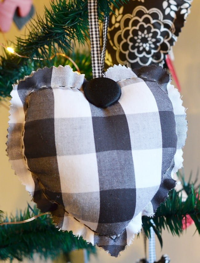 black and white checked handmade fabric heart | Cottage at the Crossroads
