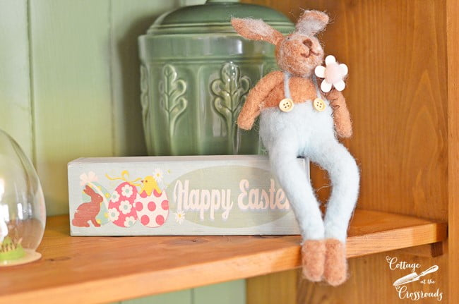 bunny with Happy Easter sign | Cottage at the Crossroads