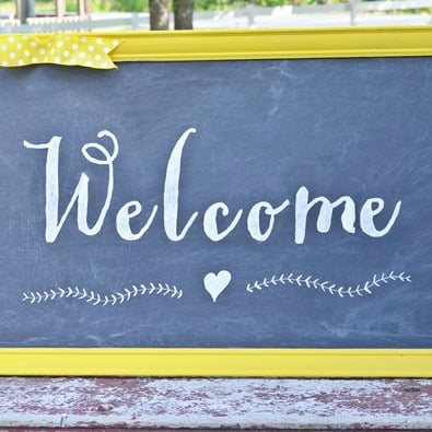 DIY Welcome chalkboard sign