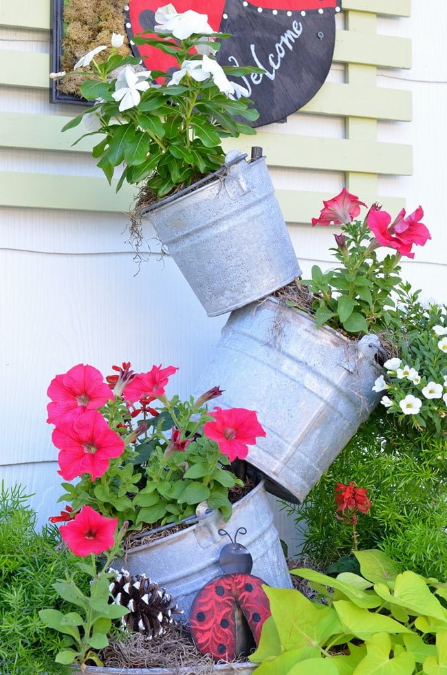 topsy turvy galvanized bucket planter | Cottage at the Crossroads