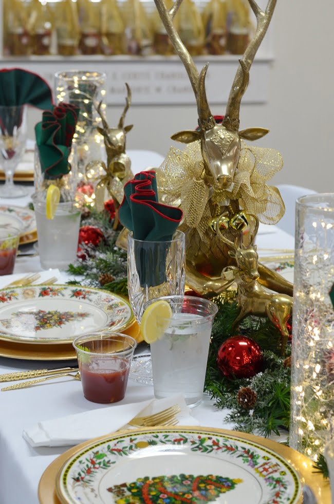 Christmas tablescape idea