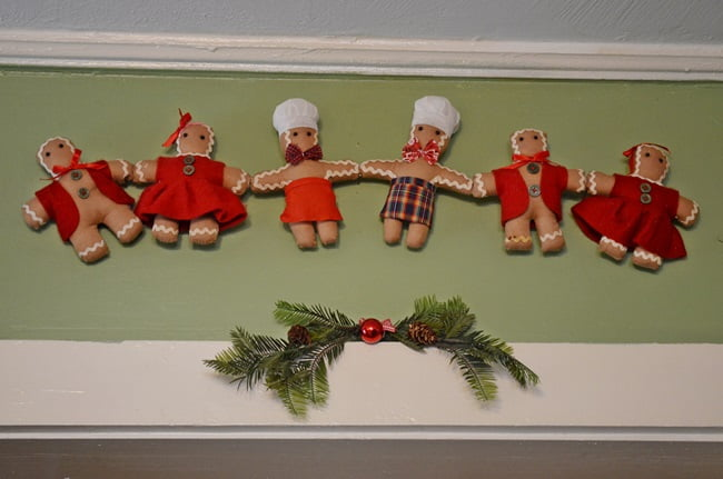 Gingerbread Christmas Kitchen | Cottage at the Crossroads