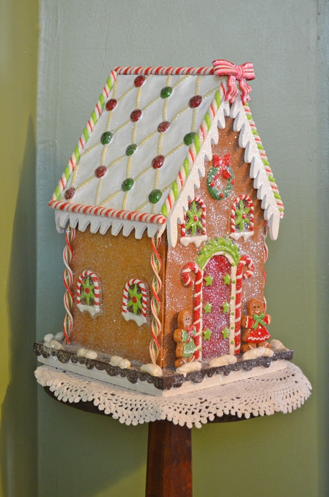 gingerbread house | Cottage at the Crossroads