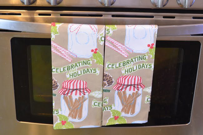 Christmas kitchen towels | Cottage at the Crossroads