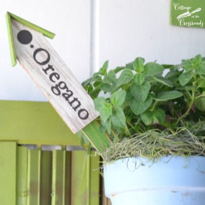 Decorative herb plant markers