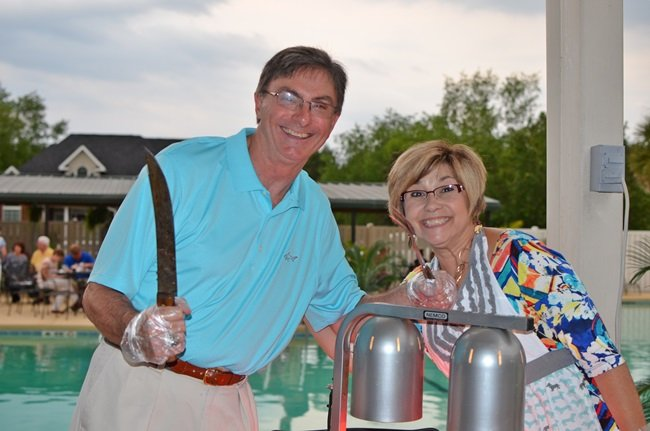 Warren and Sue at the Civitan Golf Benefit Party