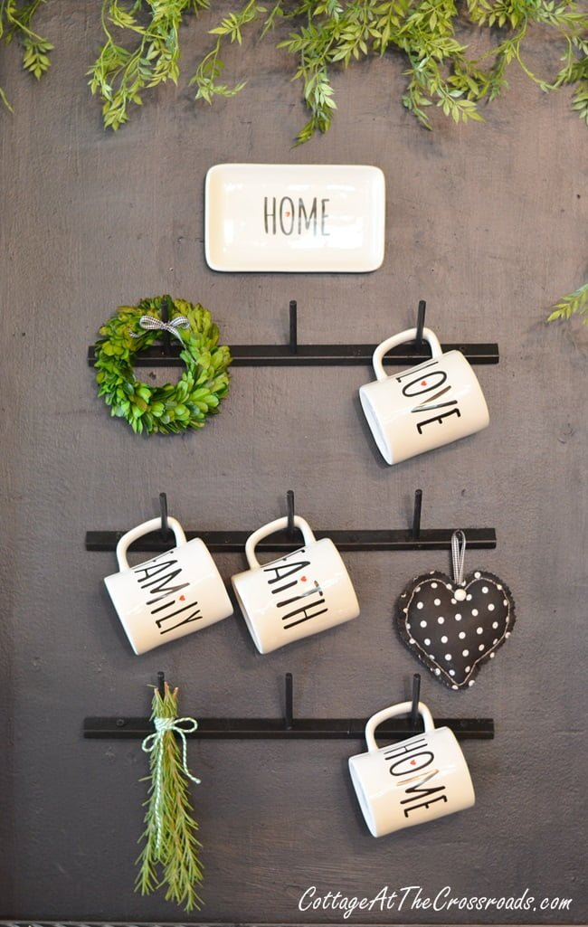 How to Make Your Own Farmhouse Style Mug Rack