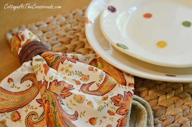 a traditional fall farmhouse tablescape using Vietri dishware