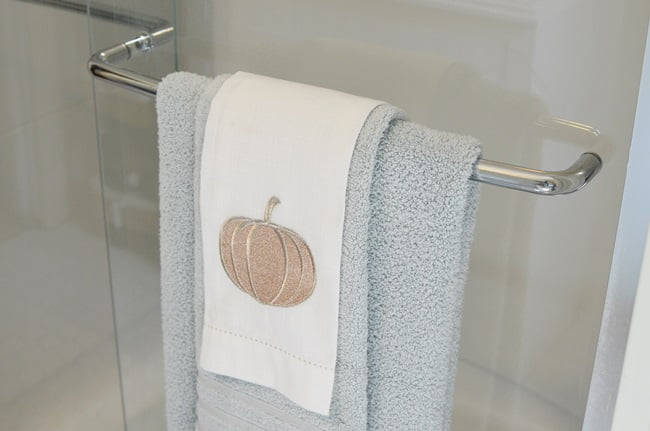 fall bathroom update with Macy's Hotel Collection Ultimate Micro Cotton Towels