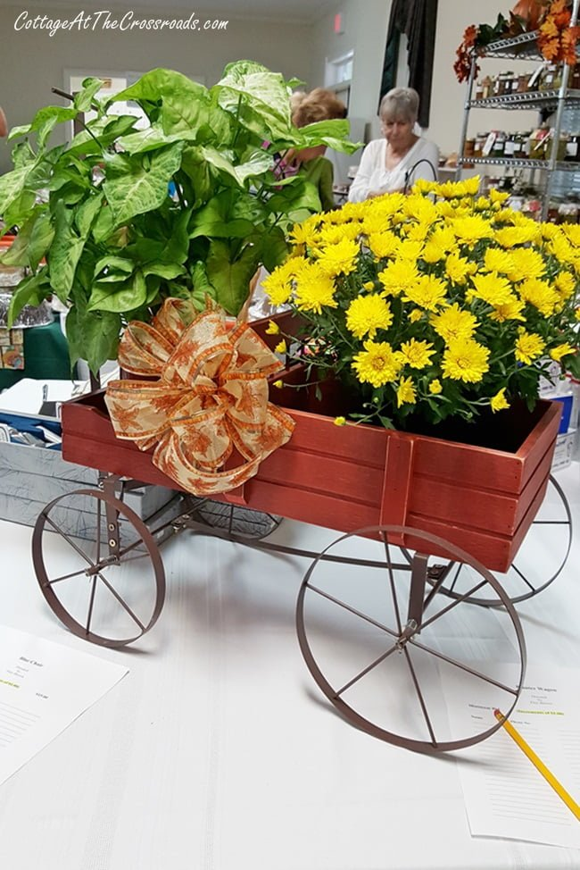 fall planter buggy