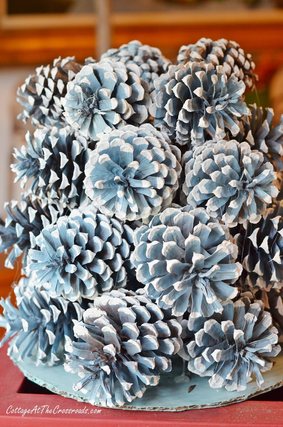 making a pine cone Christmas tree