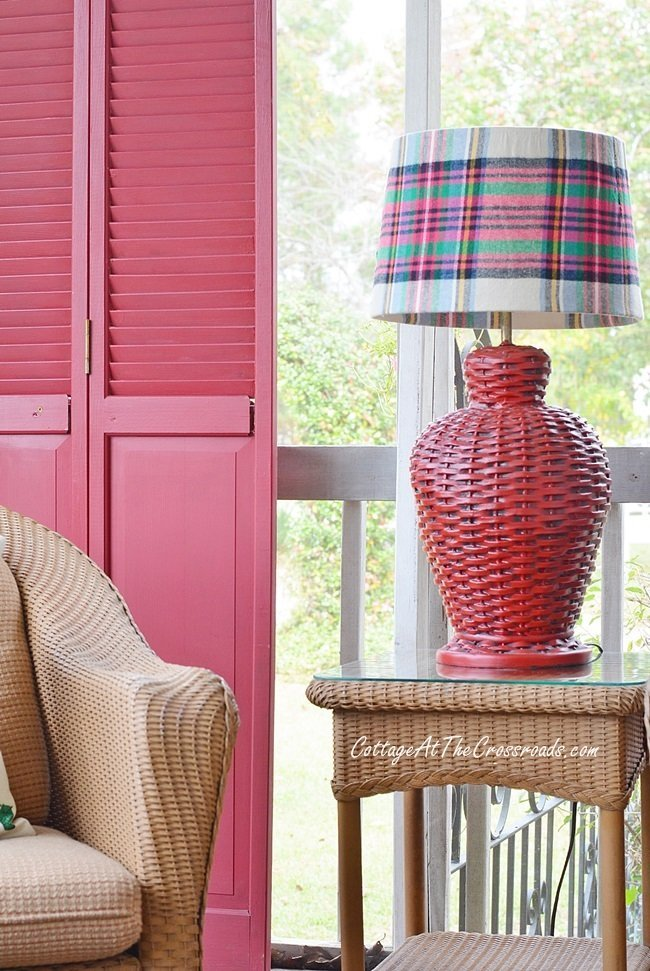 DIY your own plaid lampshade cover