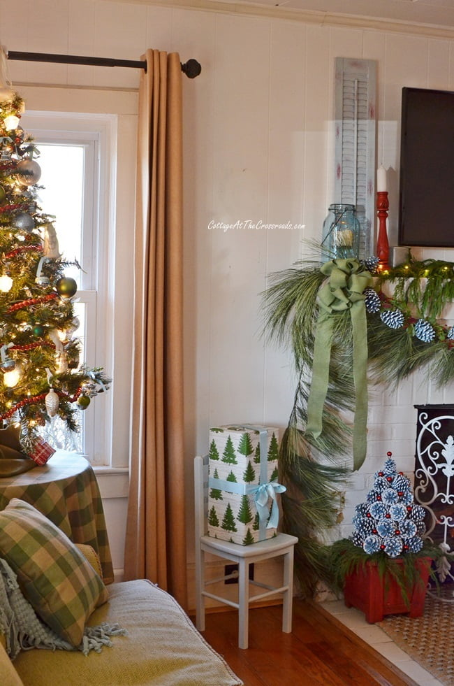 Christmas mantel and tree
