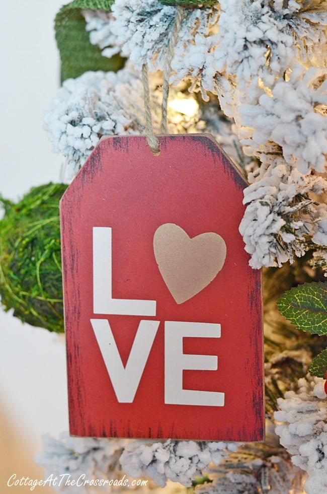 valentine's day tree and wreath - cottage at the crossroads, Ideas