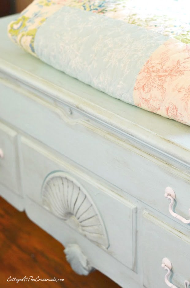 thrifty home decor project: hope chest redo
