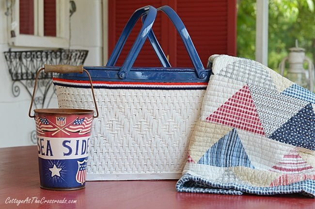 thrifty home decor project: painted picnic basket