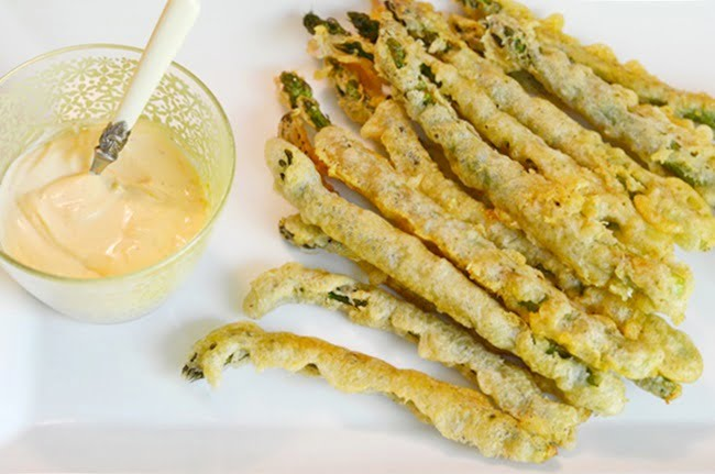 fried asparagus with a spicy dipping sauce
