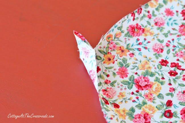 cloth napkins with mitered corners