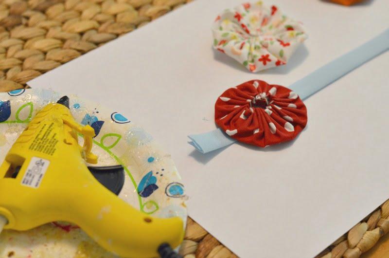 how to make a fabric yo-yo garland